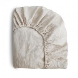 Mushie - prześcieradło do łóżeczka 120 x 60 cm Breathable Cotton Fog
