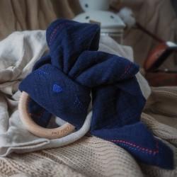 Hi Little One - gryzak bawełniano drewniany Bunny teether, wood and cotton baby blue