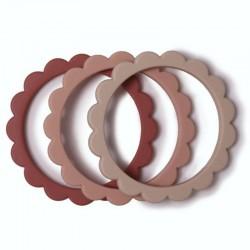 Mushie - 3 gryzaki silikonowe bransoletki FLOWER Rose & Blush & Shifting Sand